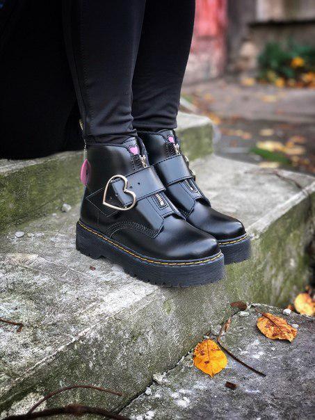 Жіночі черевики Dr. Martens з натуральної шкіри