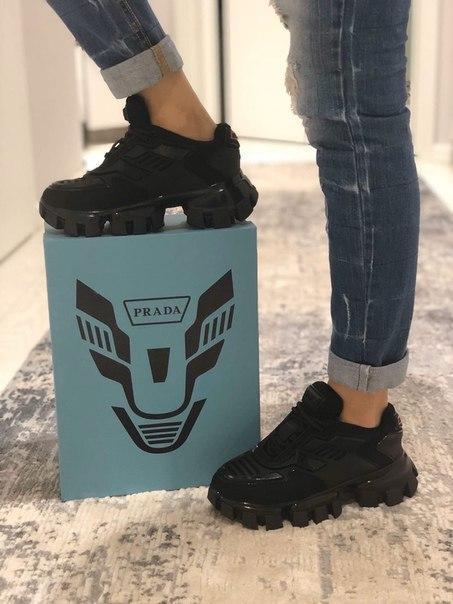 Жіночі кросівки Prada Cloudbust Thunder, два кольори
