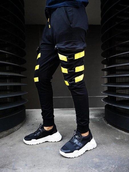Мужские черные штаны, Турция