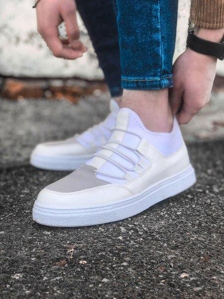 Білі чоловічі стильні кросівки зі шкіри