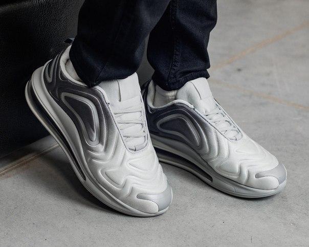 Сіро-білі стильні чоловічі кросівки (текстиль+синтетичний матеріал)