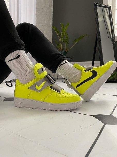 Мужские яркие кроссовки Nike Air Force 1 'Utility Volt'