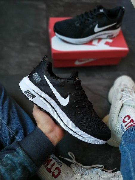 Чоловічі кросівки Nike Air Zoom Pegasus з сітчастого матеріалу