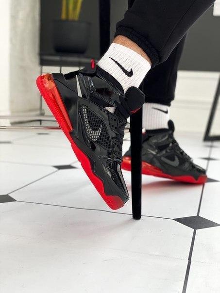 Мужские черно-красные кроссовки NIKE JORDAN 270 MARS BRED