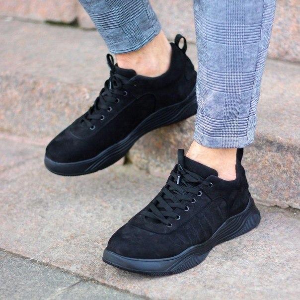 Чоловічі якісні кросівки з нубуку