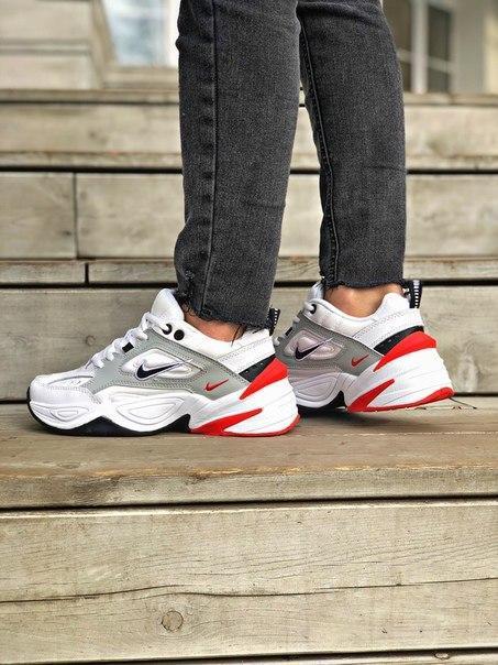 Женские кожаные кроссовки Nike на толстой подошве