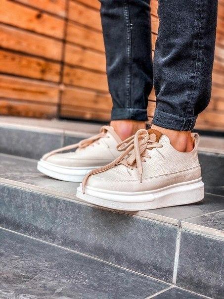 Мужские весенне-летние кроссовки