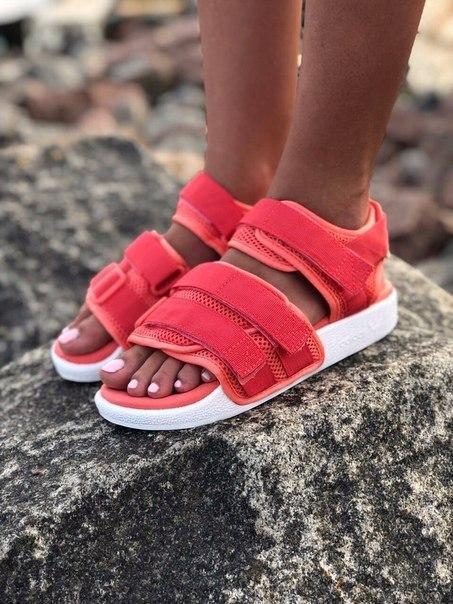 Женские стильные сандалии Adidas, три цвета