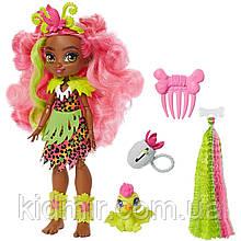 Кукла Пещерный клуб Фернесса с прядью и питомец Птилли Cave Club Fernessa GNM10