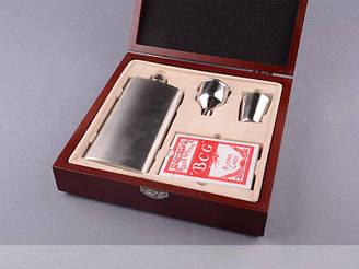Набор подарочный в кейсе фляга+карты Lefard 1221-048