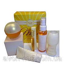 Великий подарунковий набір для жінок 5 в 1 Avon Incandessence в коробці - Духи Інканденсе, спрей, кульковий дезодорант