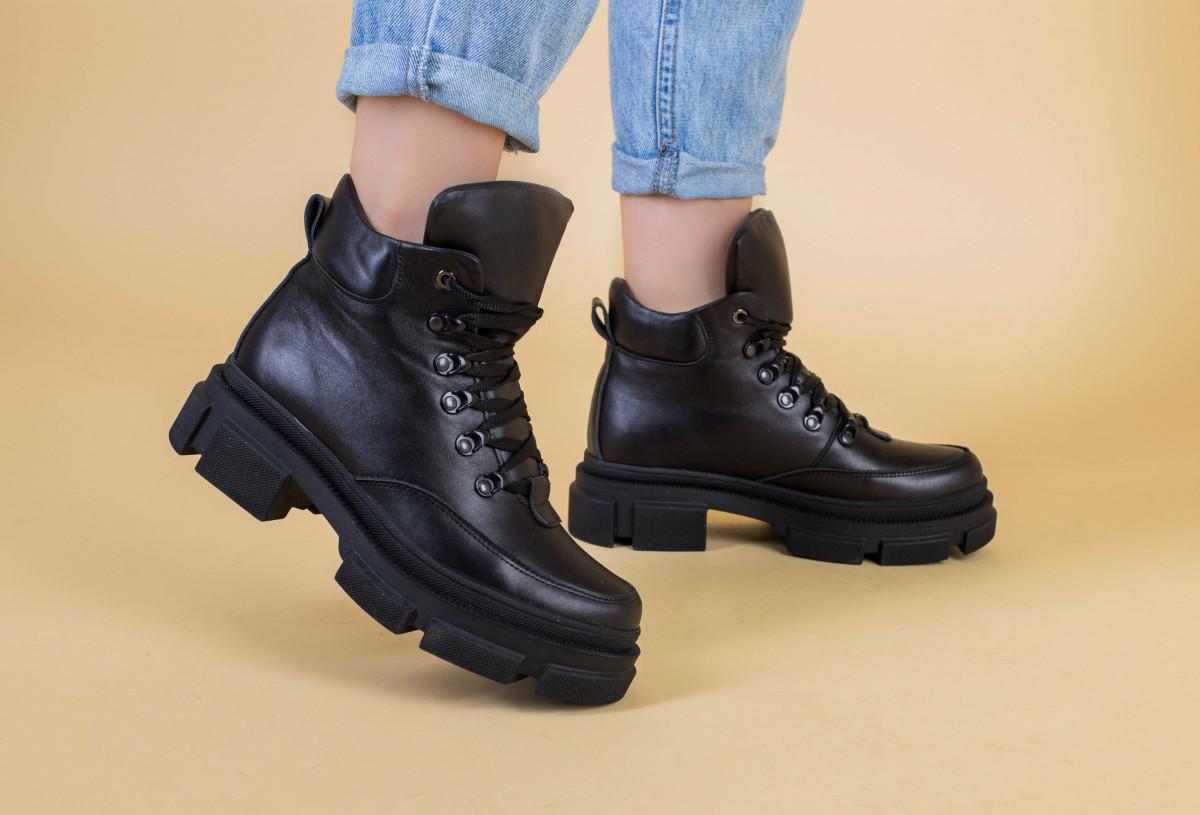 Черевики жіночі шкіряні чорні на шнурках, зима