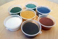 Який барвник можна використовувати для підфарбовування епоксидної смоли?