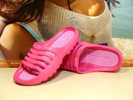Шльопанці жіночі Super Cool рожеві 37 р.