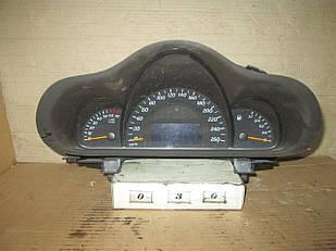 №30 Б/у Панель приладів/спідометр A2035408111 для Mercedes-Benz W203 2000-2007