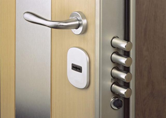 Количество точек запирания дверного замка