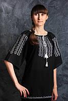 Нарядная вышитая женская блуза