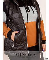 Удобный спортивный костюм-тройка с безрукавкой на синтепоне, больших размеров от 50 до 64, фото 3
