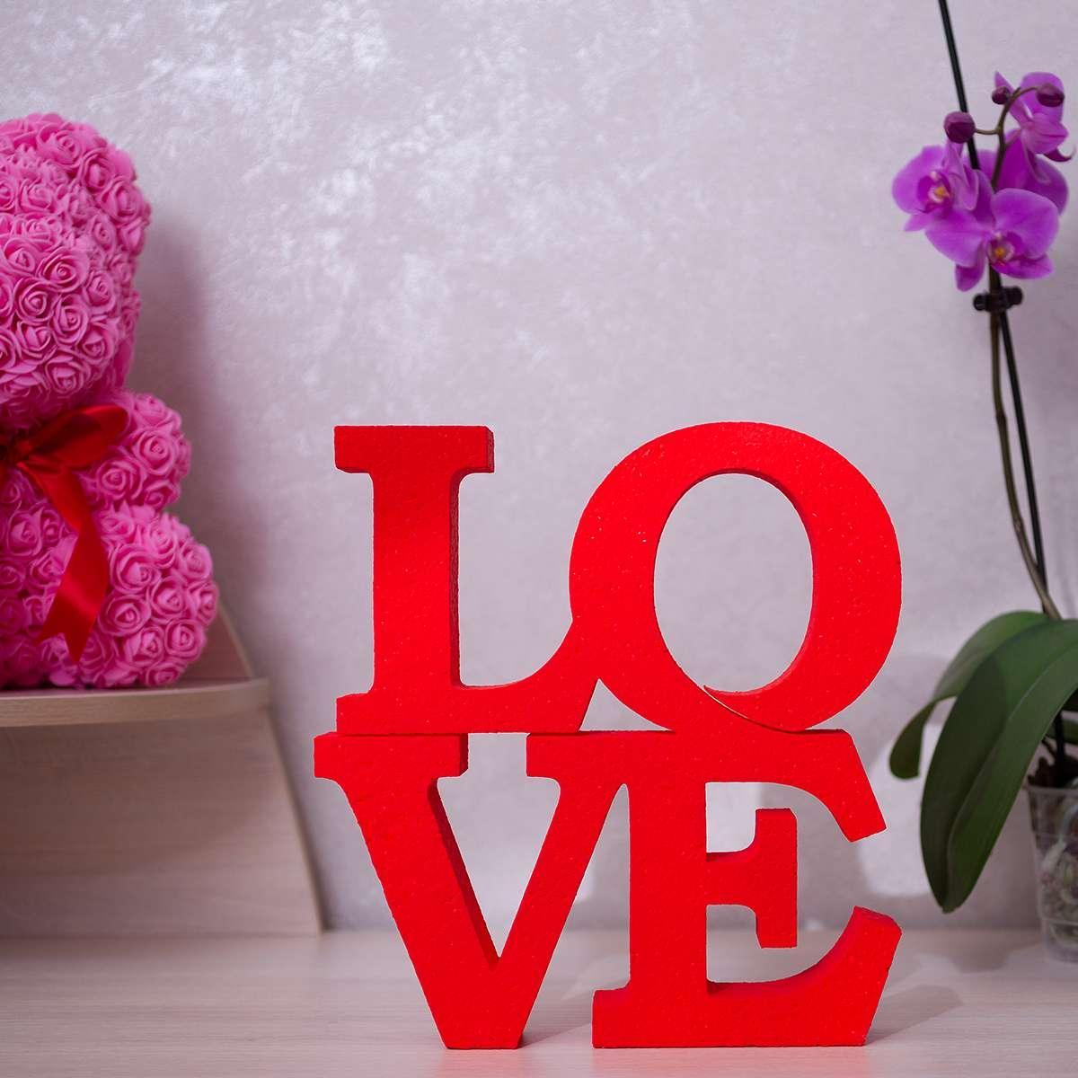 Подарочный сувенир LOVE
