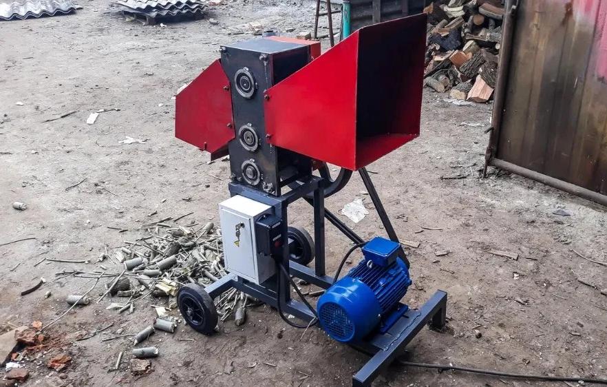 Веткоруб садовий подрібнювач дров гілок і обрізі електричний двигун РЕ 50 Подрібнювач гілок,Дробарка вет
