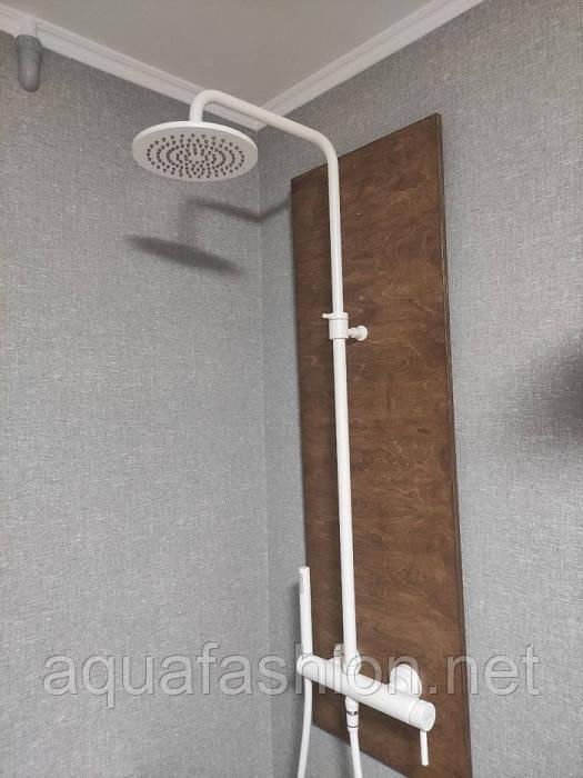 Белая душевая стойка с тропическим душем Bugnatese Kobuk 2242C
