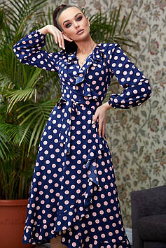 Ассиметричное платье на запах с расклешенной юбкой с воланами цвет: синий с персиковым горохом горохом