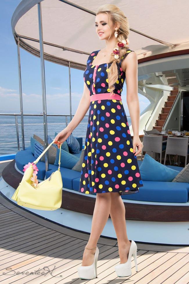 Літнє плаття в горох з квадратним вирізом, штапель темно-синій з коралом