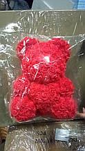 Ведмедик в коробці з троянд 40 см колір червоний склад 1 шт