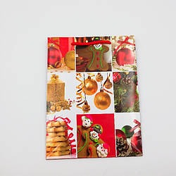 Пакети подарунковий паперові ламінують (новий рік) середні 18*24*7 см