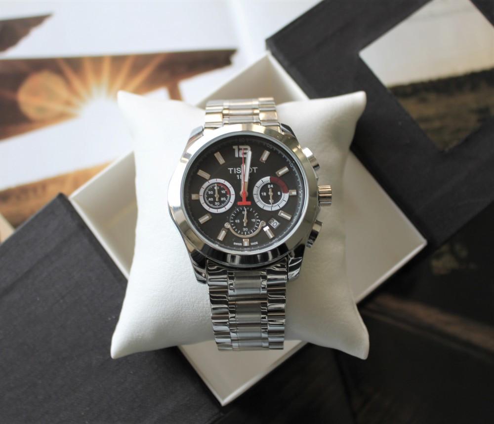 Часы Tissot Couturier Chronograph 42 mm Silver&Black