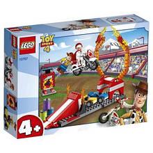 Конструктор LEGO История игрушек 4 Трюковое шоу Дюка Бубумса 120 деталей