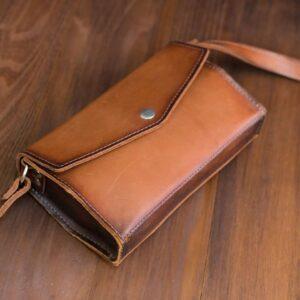 Женская сумочка конверт