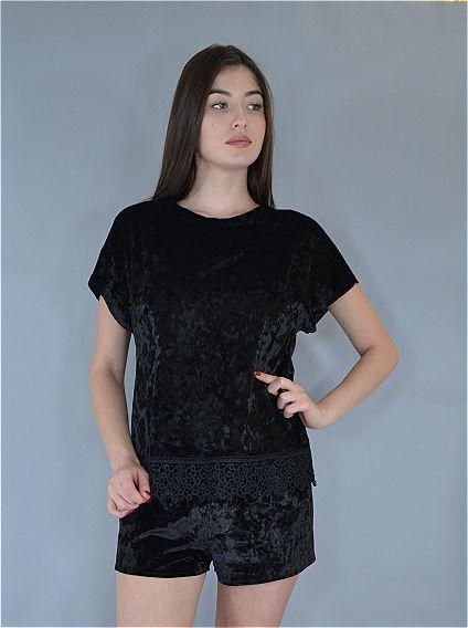 Женская пижама футболка и шорты Este велюровая с кружевом черный.