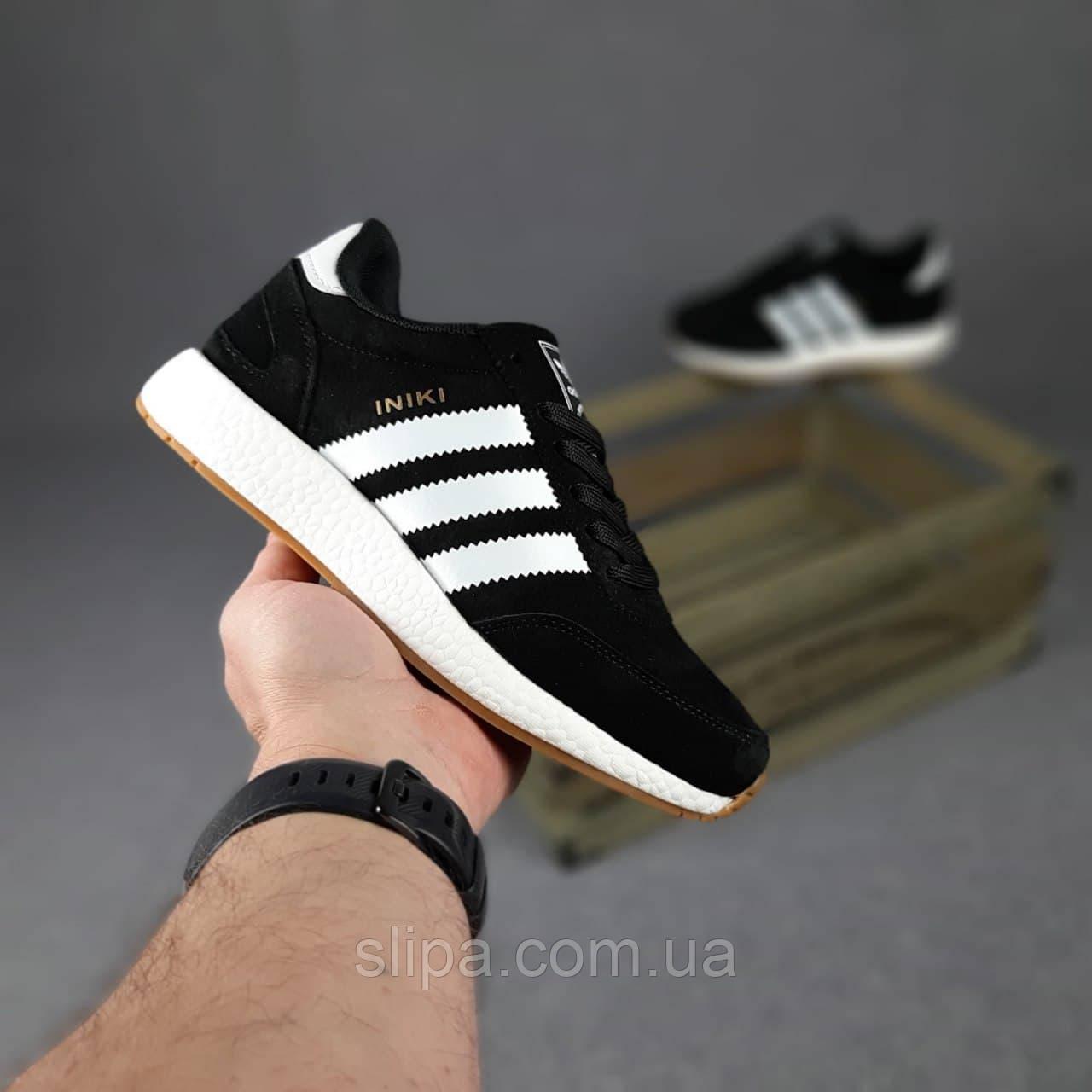 Женские замшевые кроссовки в стиле Adidas INIKI чёрные с белым