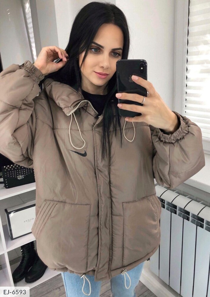 Женская осеняя курточка