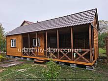 Дачний будиночок з терасою