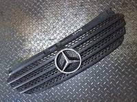 Решетка радиатора Mercedes Vito W639