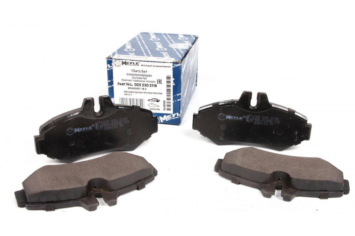 Тормозные колодки задние (BOSCH, 126x65x19мм) Mersedes Sprinter 208-316 (95-06) MEYLE (Германия) 025 230 2118
