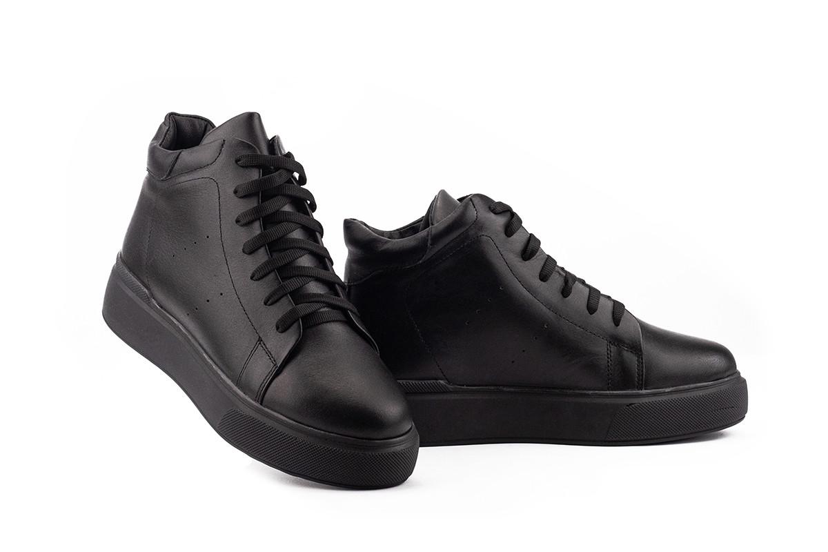 Женские ботинки кожаные зимние черные Yuves 521 На меху