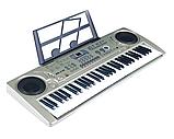 Большой детский синтезатор MQ 6168. Работает от сети и от батареек, 61 клавиша, два динамика, микрофон, фото 3