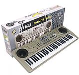 Большой детский синтезатор MQ 6168. Работает от сети и от батареек, 61 клавиша, два динамика, микрофон, фото 4