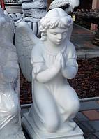 Статуя на могилу  Ангел на коленях бетон 60 см, фото 1