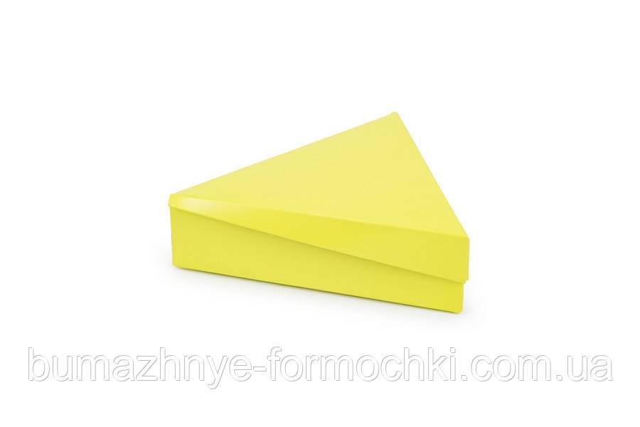 """Коробка для 6 конфет """"Треугольник"""", салатовая"""