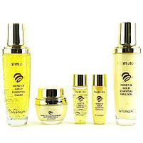 Набір по догляду за шкірою обличчя з екстрактом меду і колоїдним золотом Farmstay Honey & Gold Essential Skin, фото 2
