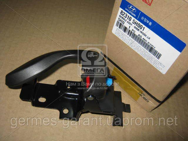 Ручка двері внутрішня ліва Hyundai HD45/HD65/HD72/HD78 04- (вир-во Mobis)