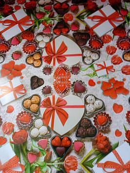 Бумага размер 1 метр на 70 см подарочная с рисунком сердца поцелуйчики для упаковки подарков 1 шт