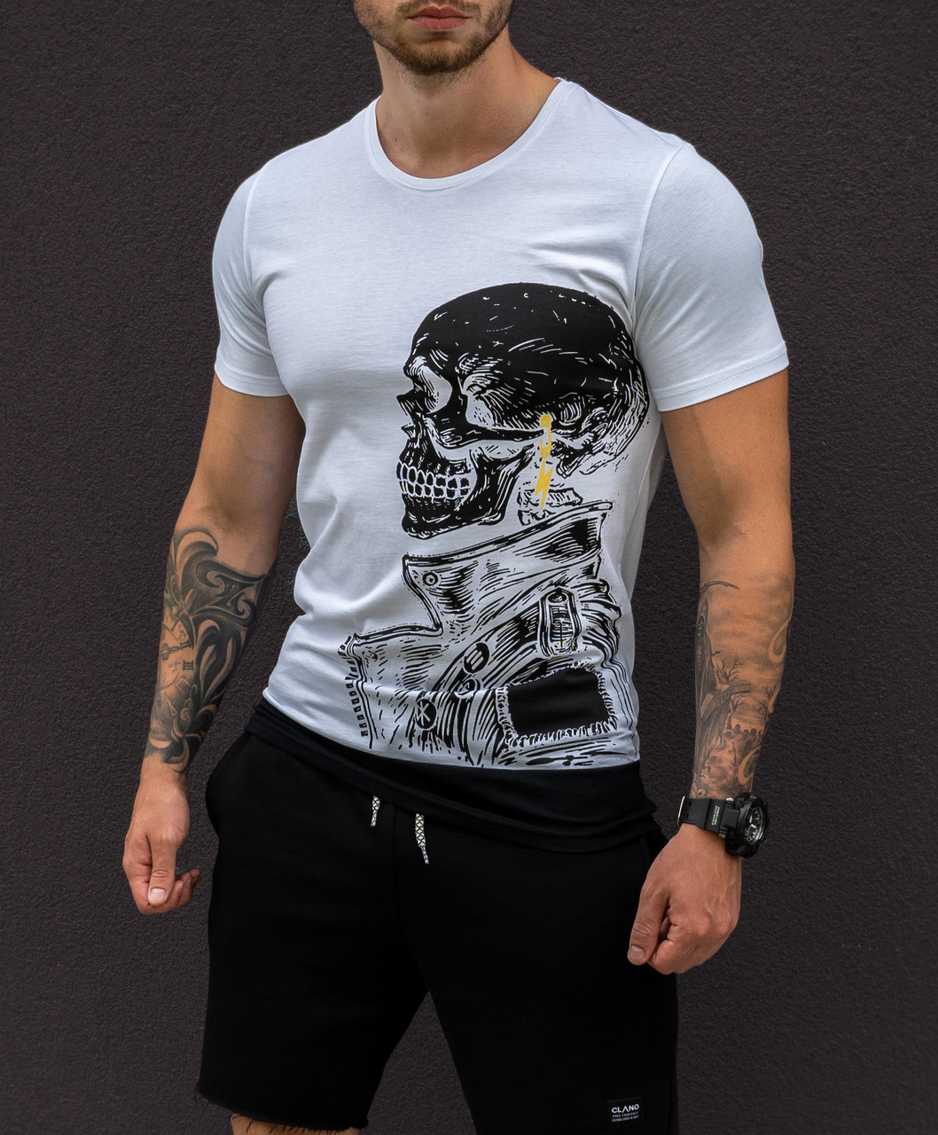 Мужская футболка белая с принтом череп/ 4 цвета в наличии Белый, M