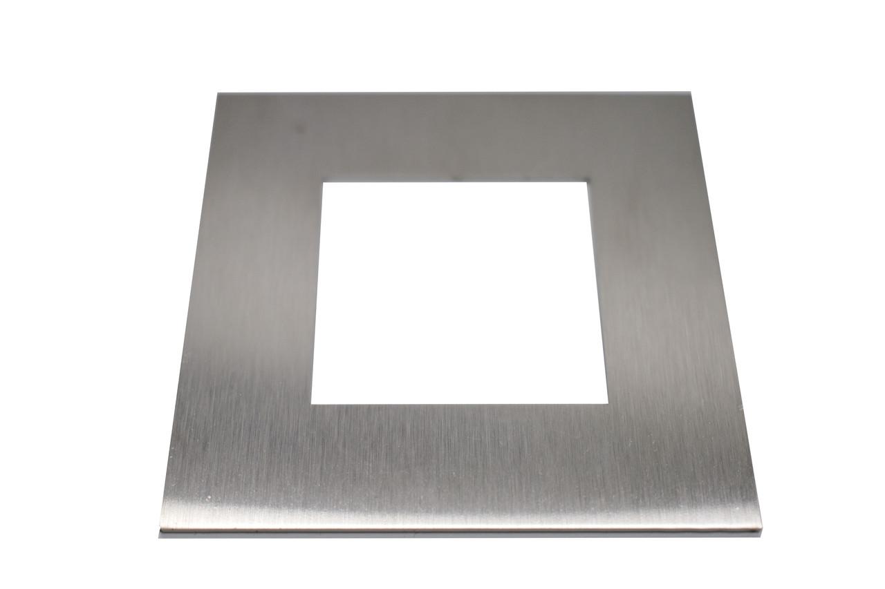 ODF-02-15-02 Крышка декоративная плоская на стойку 40х40, полированная