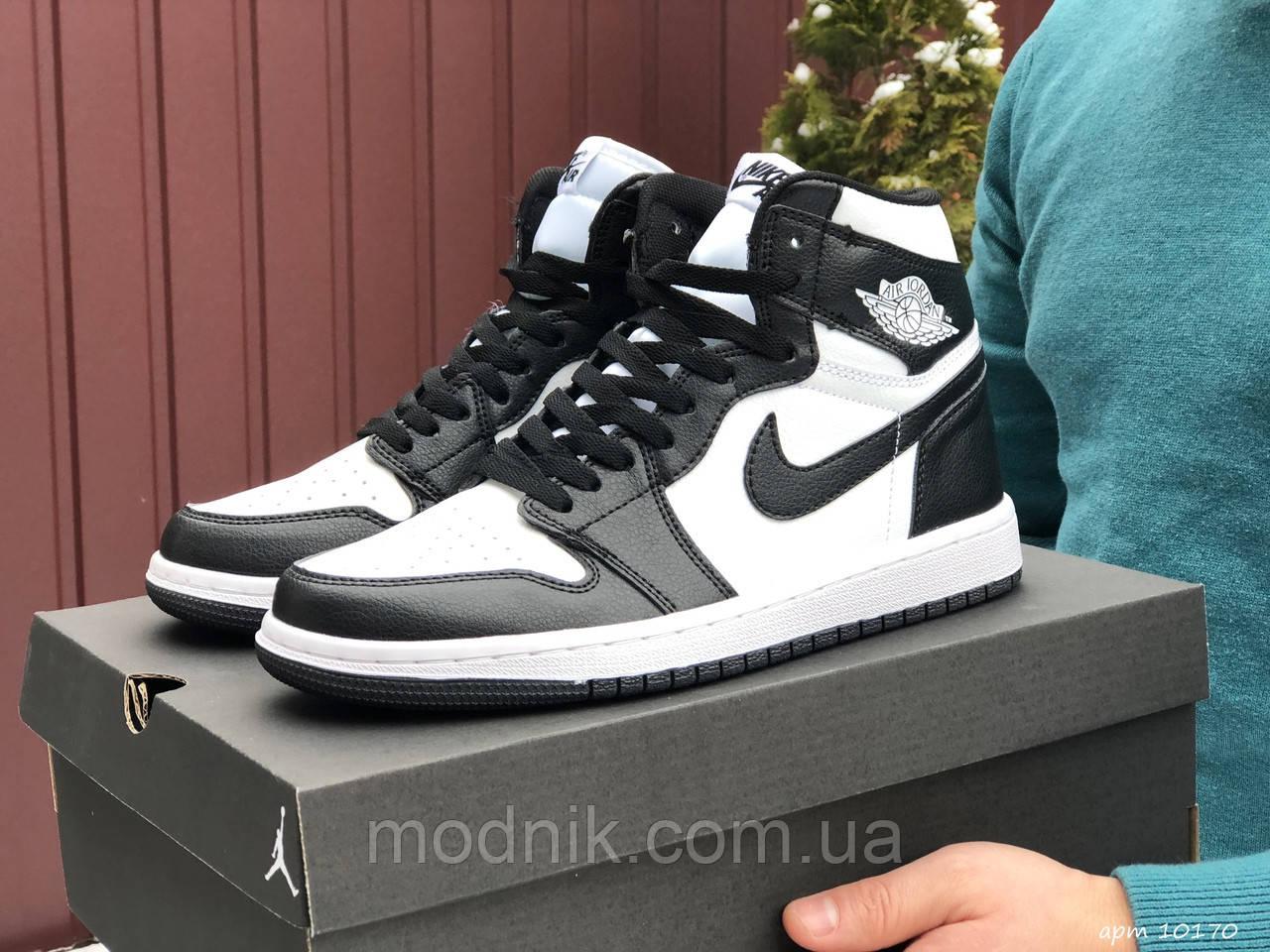 Чоловічі демісезонні кросівки Nike Air Jordan (чорно-білі) повсякденне взуття 10170