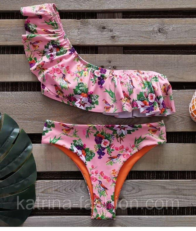 Купальник роздільний рожевий з квітковим принтом і рюшами на одне плече